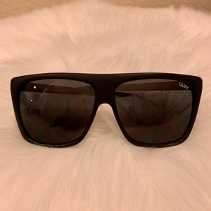 Quay Australia black sunglasses